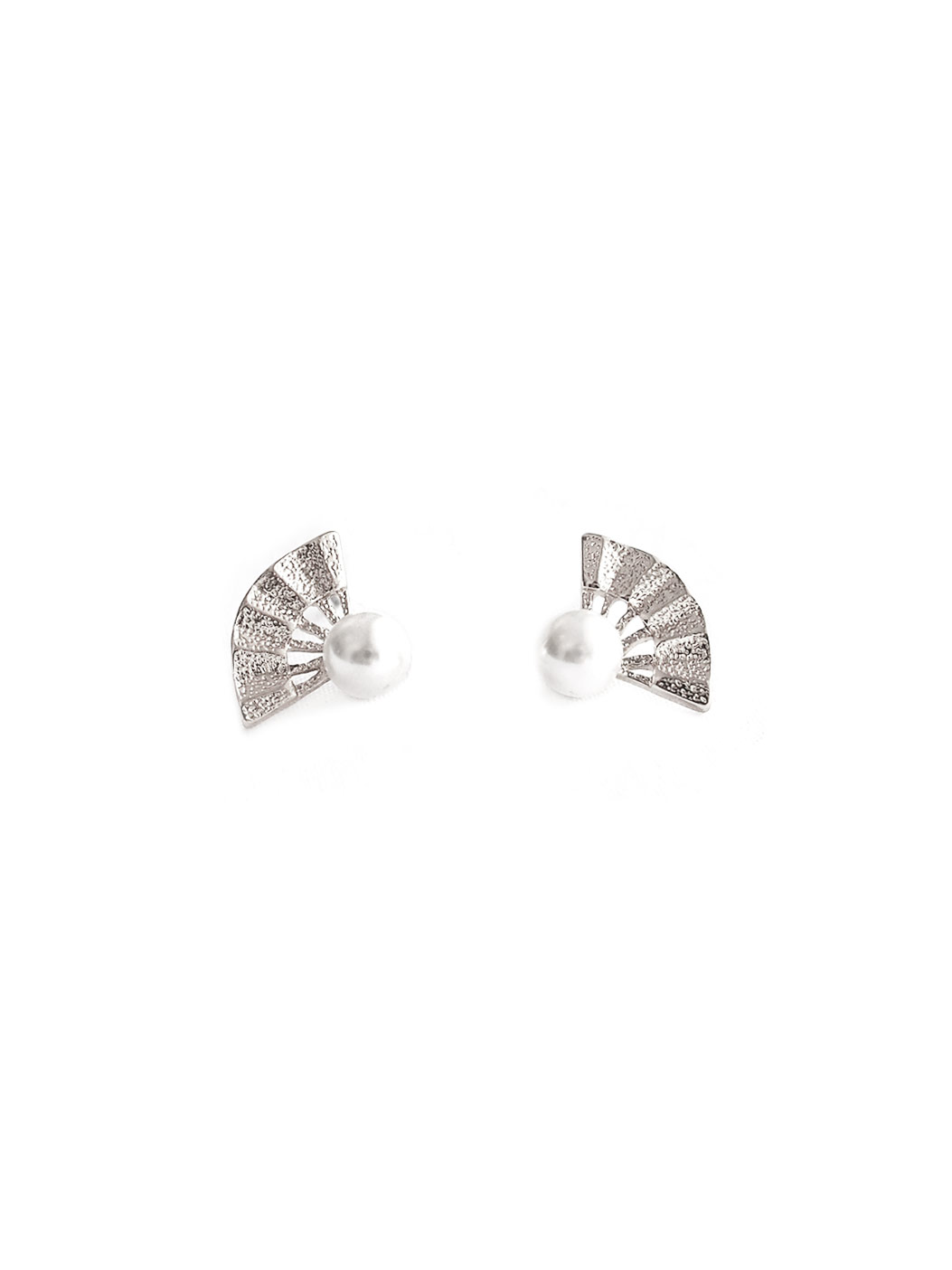 ACC380-Lyn-Fan-Earrings-in-Silver-1