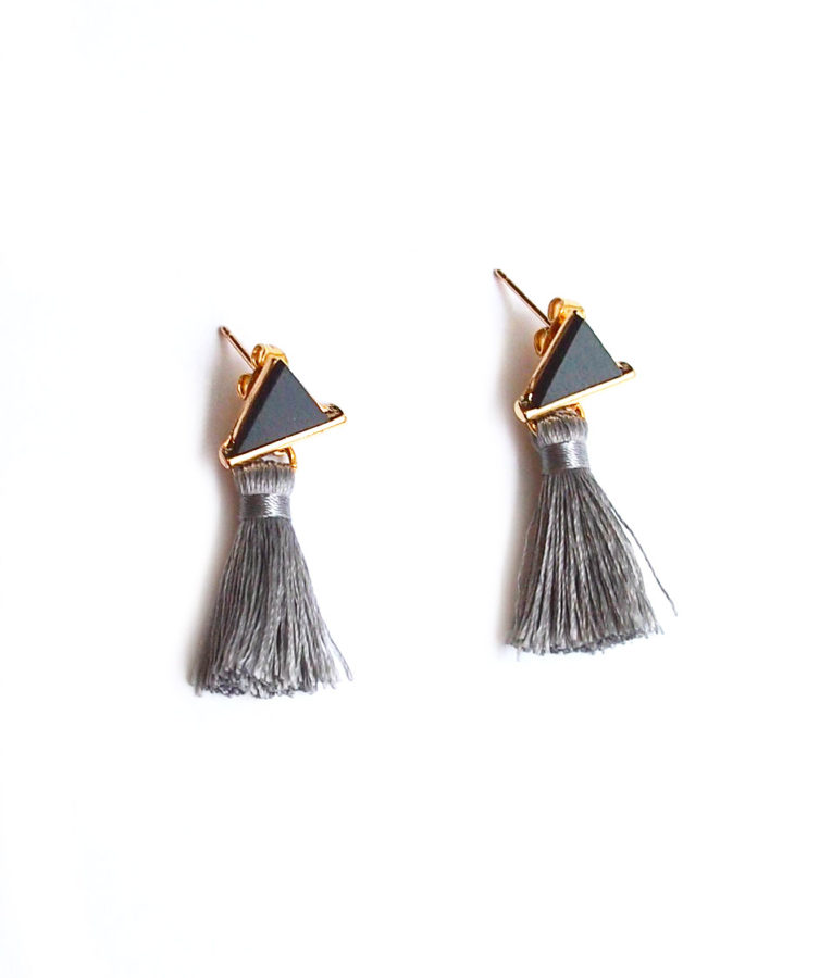 ACC965-Triangle-Leather-Accent-Tassel-Earrings-in-Grey-7