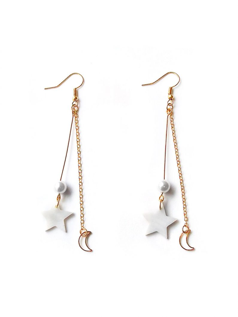 ACC1017-Constellation-Pearl-Drop-Earrings-in-Gold-1